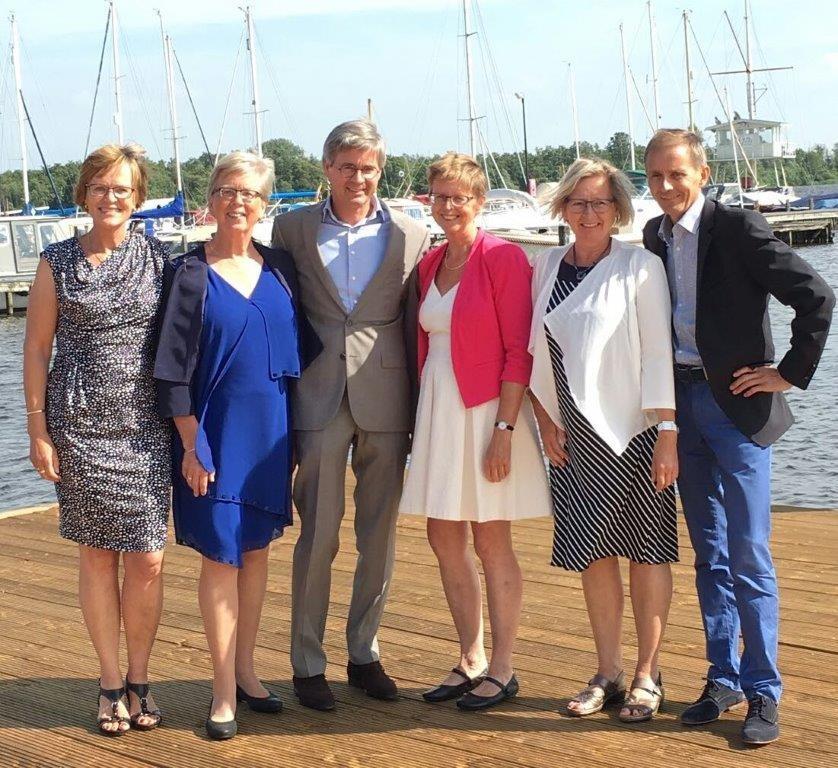 Offringa: Marijke, Jikke, Herman, Christa, Coosje en Jelle